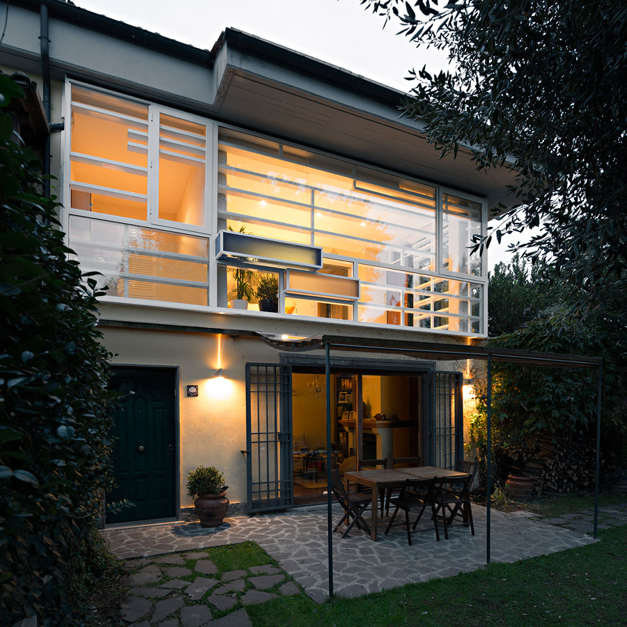 1-Horizontal-White-by-Nir-Sivan-exterior-main-facade